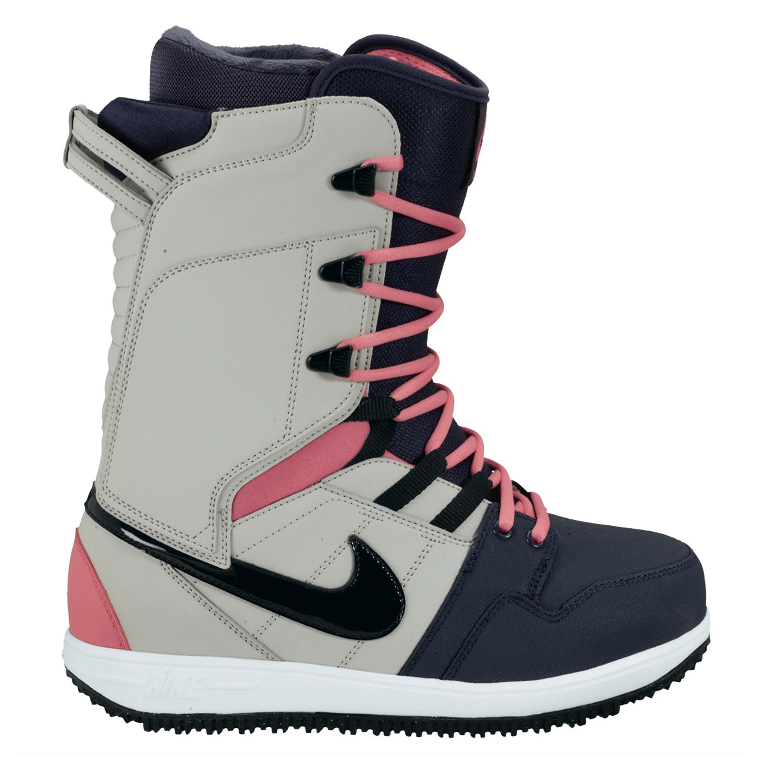 nike vapen snowboard boots s 2013 evo outlet