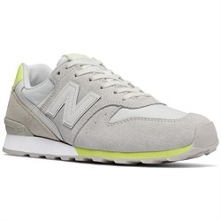 New Balance 696 Suede Shoes - Women's