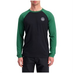 MONS ROYALE Icon Raglan Long-Sleeve Shirt