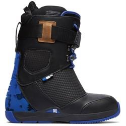 DC Tucknee Snowboard Boots  - Used