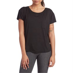 Vuori Lux Performance Tee - Women's
