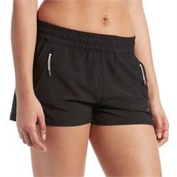 Vuori Dash Shorts - Women's