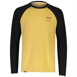 MONS ROYALE The Go To Raglan Long Sleeve Top