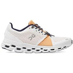On Cloudstratus Shoes - Women's