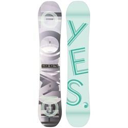 Yes. Emoticon Snowboard - Women's 2022