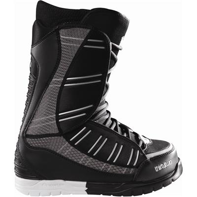 32 Ultralight Snowboard Boots 2011