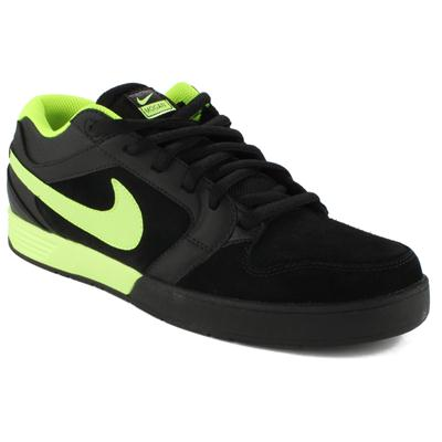 Nike Mogan 3 Shoes