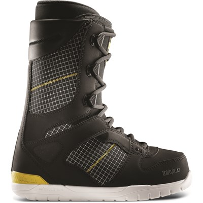 32 JP Walker Light Snowboard Boots 2013