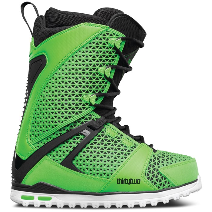 32 - TM-Two Snowboard Boots 2017