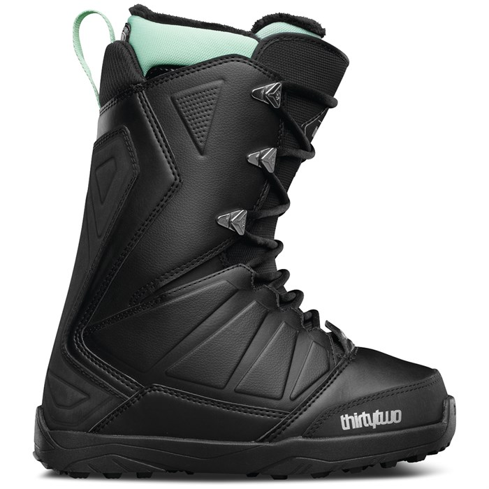 32 - Lashed Snowboard Boots - Women's 2017