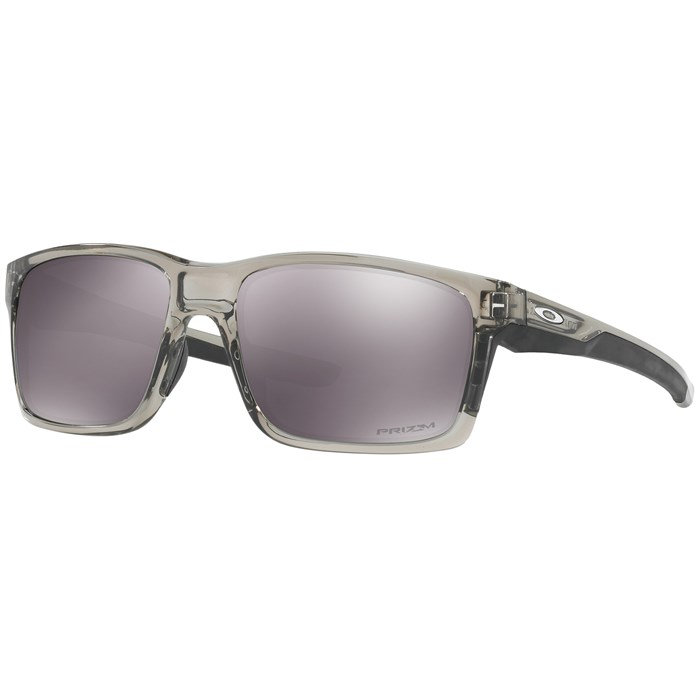3f8be7b7e9 Oakley - Mainlink Sunglasses ...