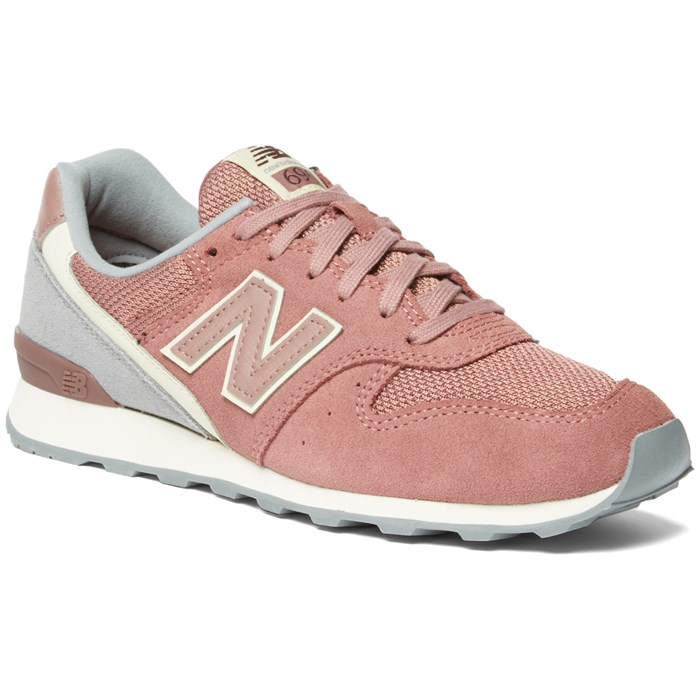 new balance 696 suede sneakers pink