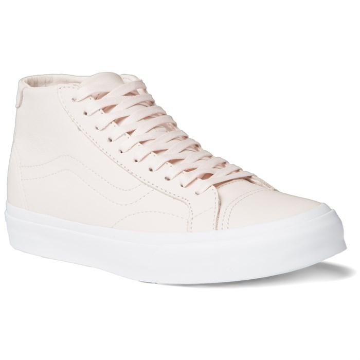 7c8506688fbe1c Vans - Court Mid DX Shoes - Women s ...