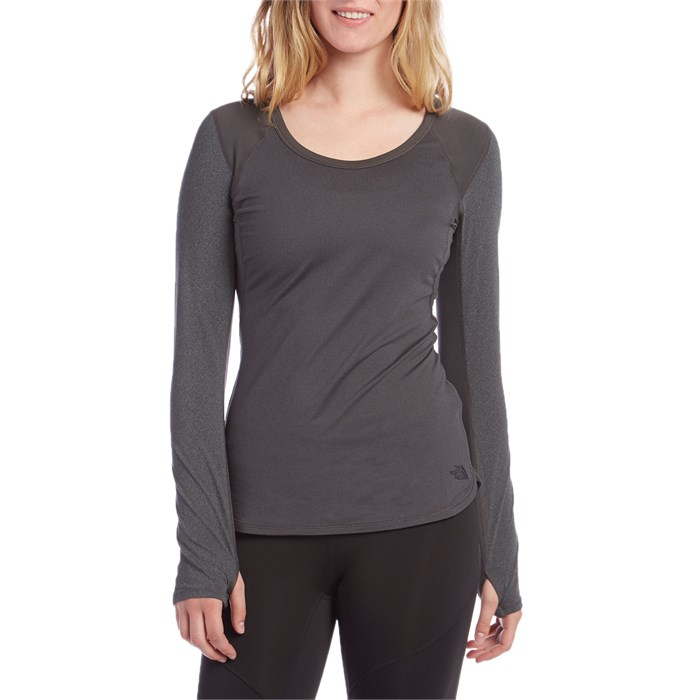 6a55e712956 The North Face - Motivation Long Sleeve T-Shirt - Women's ...