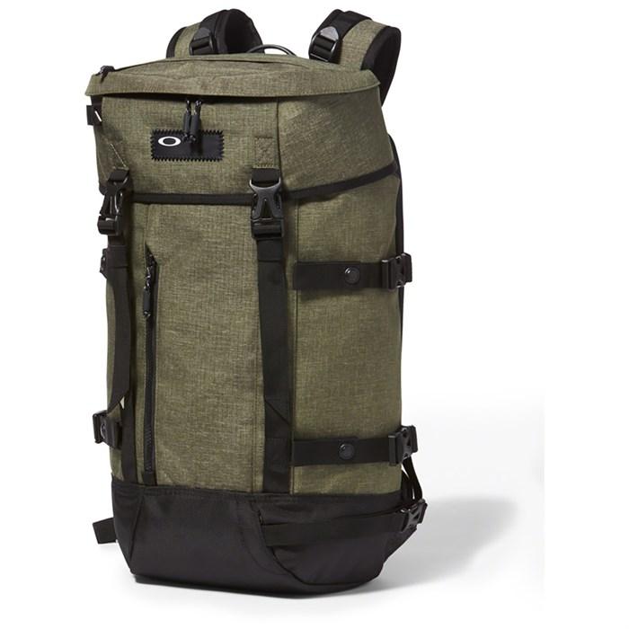 Oakley - Guntower Pack