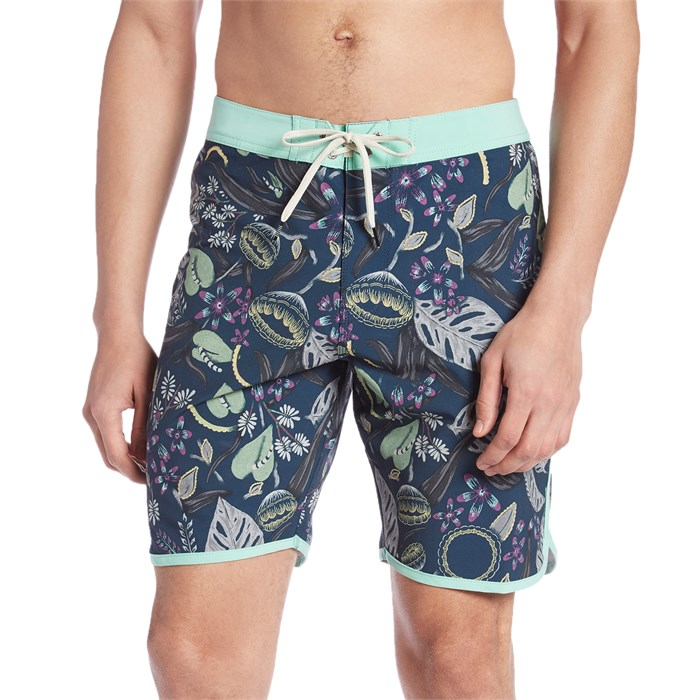 "Vissla - Night Crawler 18.5"" Boardshorts"