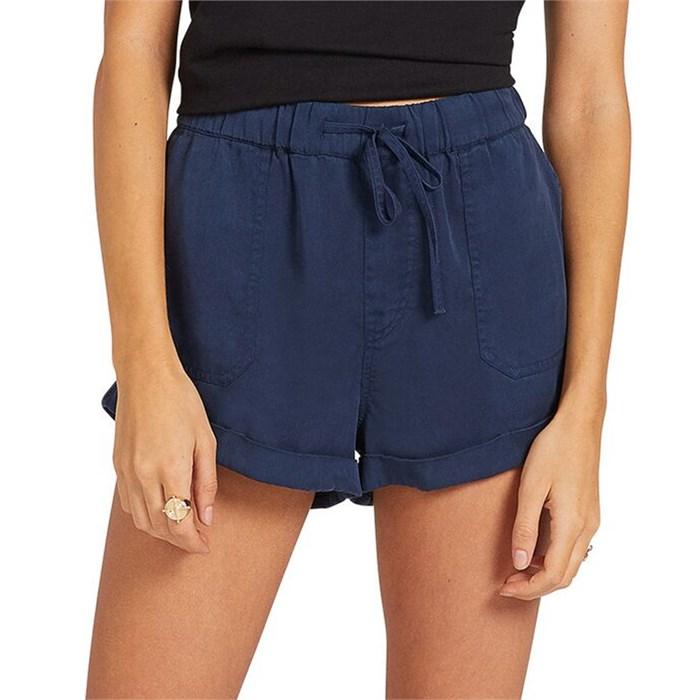 Volcom - Sunday Strut Shorts - Women's
