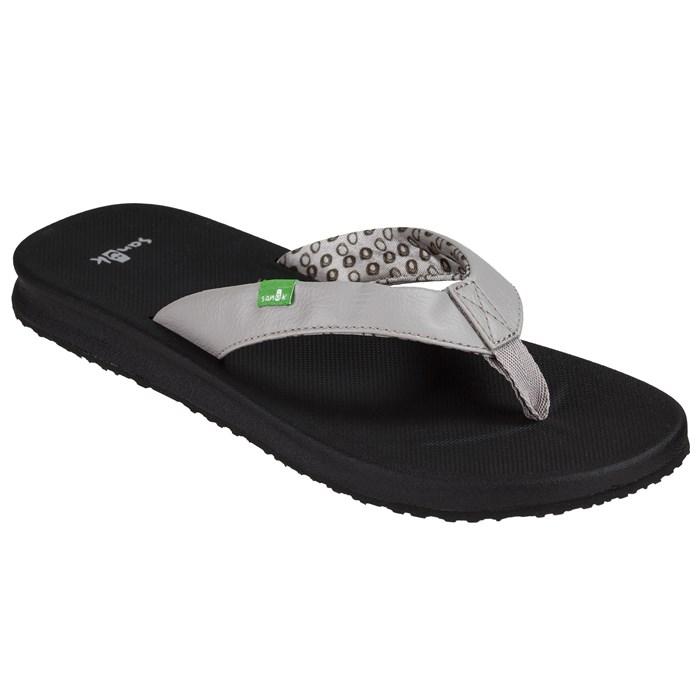 Sanuk - Yoga Mat Wander Sandals - Women's