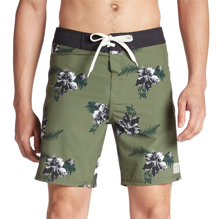 """Catch Surf - All Day 18"""" Boardshorts"""