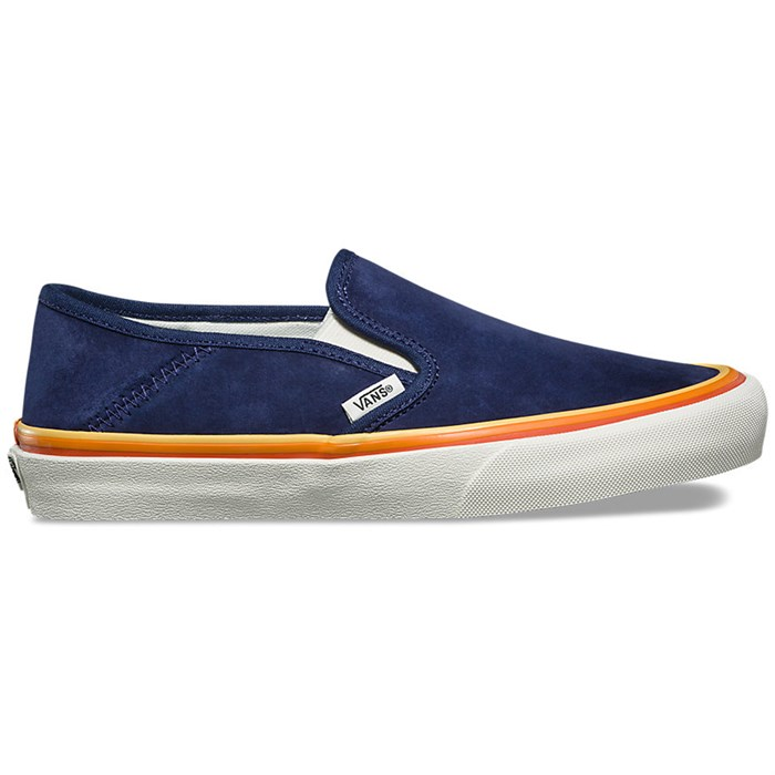 Vans - Slip-On SF Shoes - Women's