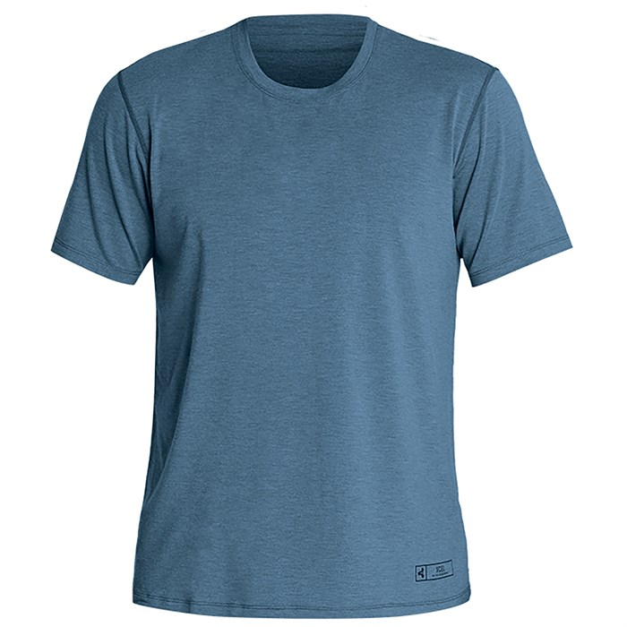 XCEL - ThreadX Solid Short Sleeve Top