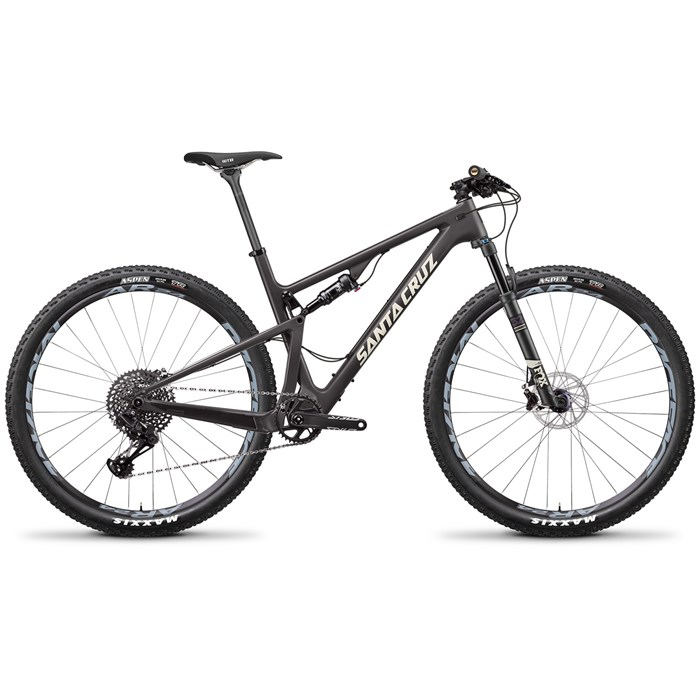 Santa Cruz Bicycles - Blur 3 C S Complete Mountain Bike 2018