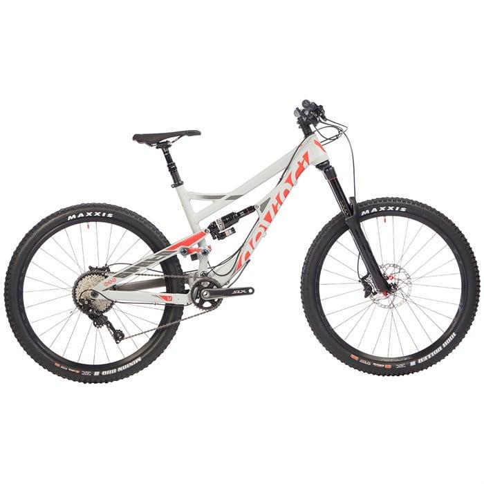 Devinci - Spartan XT Complete Mountain Bike 2016
