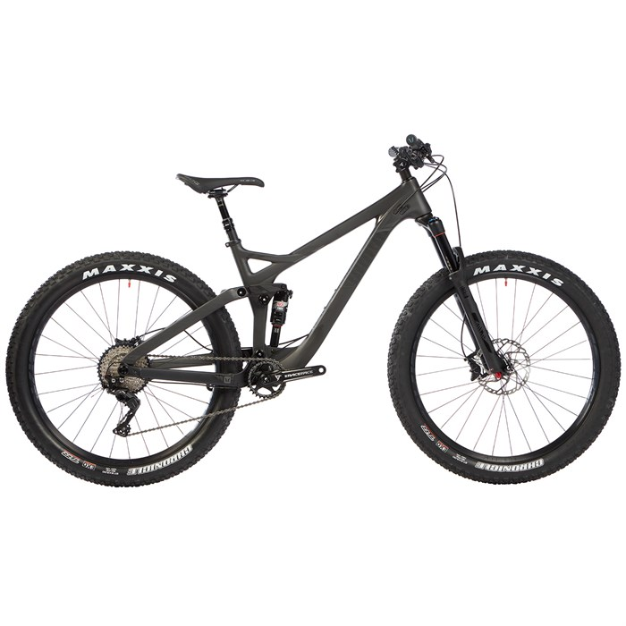 Devinci - Marshall Carbon XT Complete Mountain Bike 2017