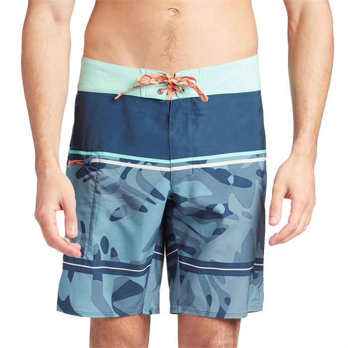 "Patagonia - Stretch Planing 19"" Boardshorts"