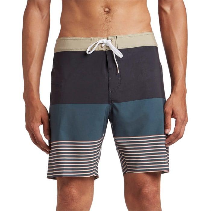"""Dark Seas - Cotide 19"""" Boardshorts"""