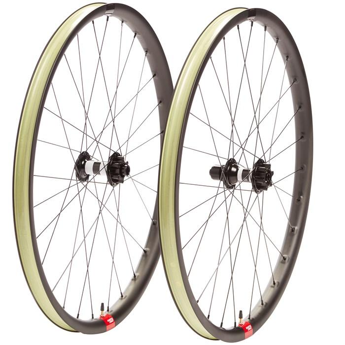 "Santa Cruz Bicycles - Reserve 30 29"" DT350 Boost Wheelset"