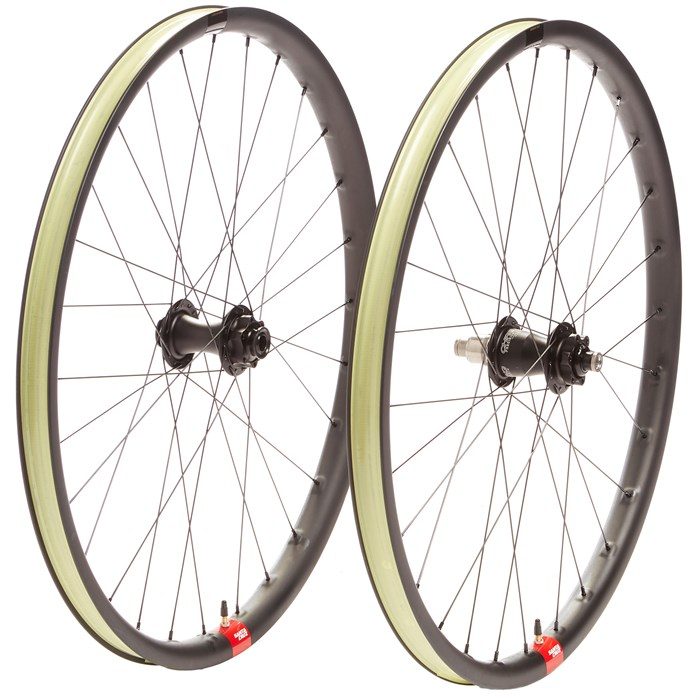 "Santa Cruz Bicycles - Reserve 30 29"" Chris King Boost Wheelset"