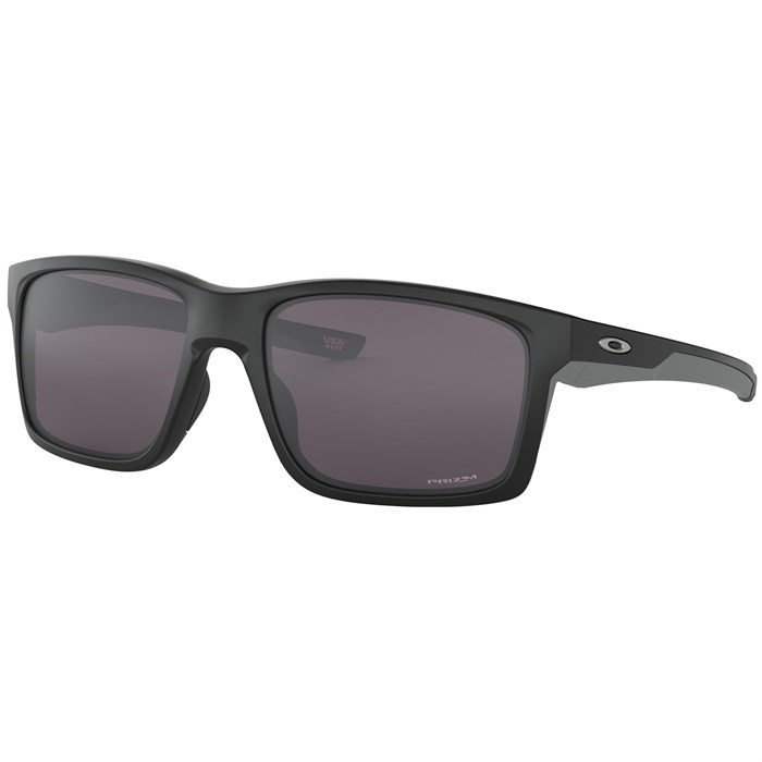 Oakley - Mainlink XL Sunglasses