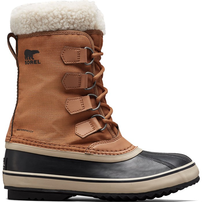 Sorel - Winter Carnival Boots - Women's
