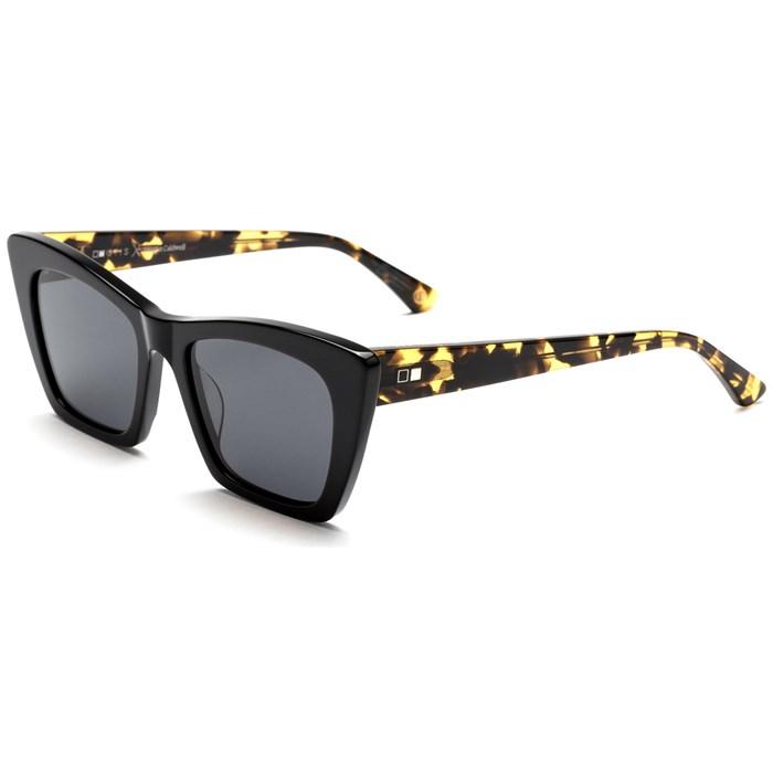 OTIS - Vixen Sunglasses - Women's