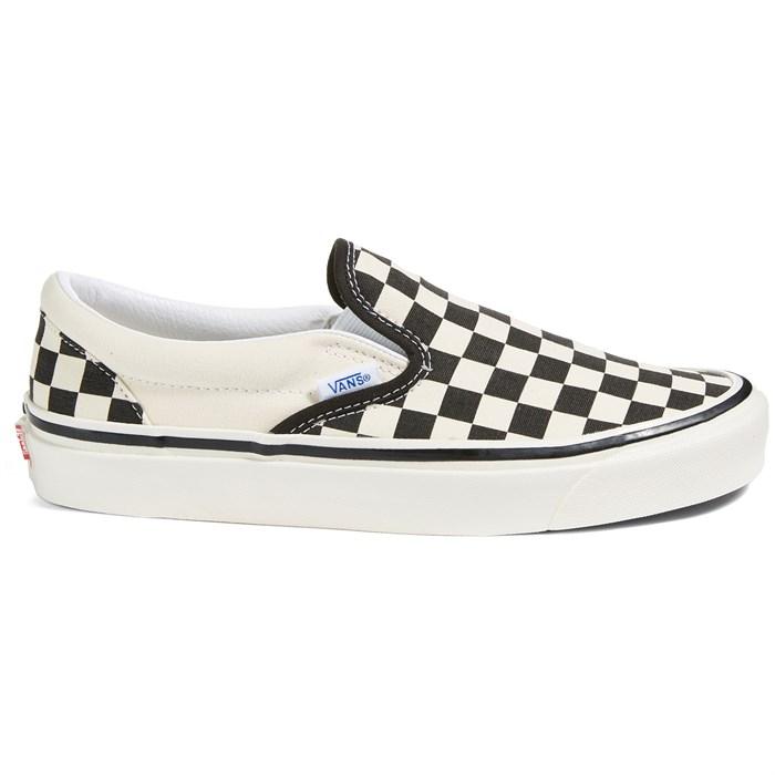 Vans - Classic Slip-On 98 DX Shoes - Women's