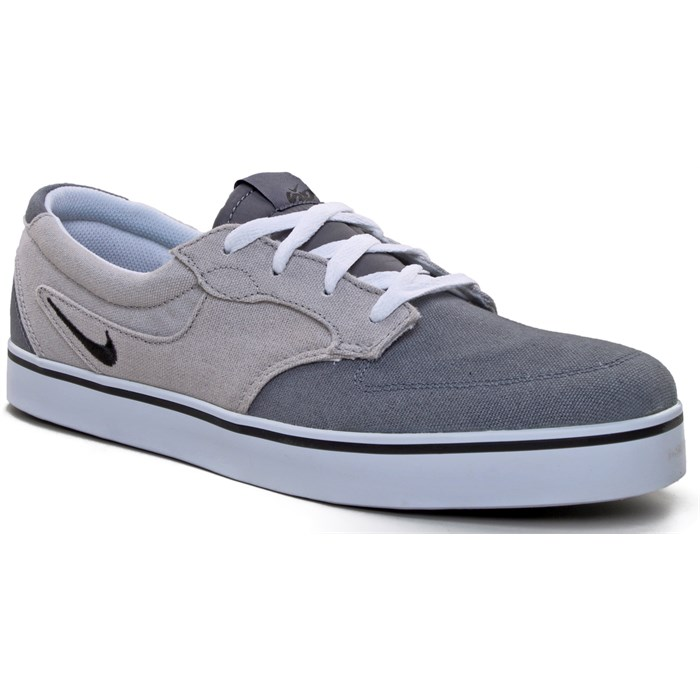 5a9911bfed1173 Nike 6.0 - Braata Canvas Shoes ... 2015 2016 2017 Kids Nike Braata Jr Dark  Grey ...