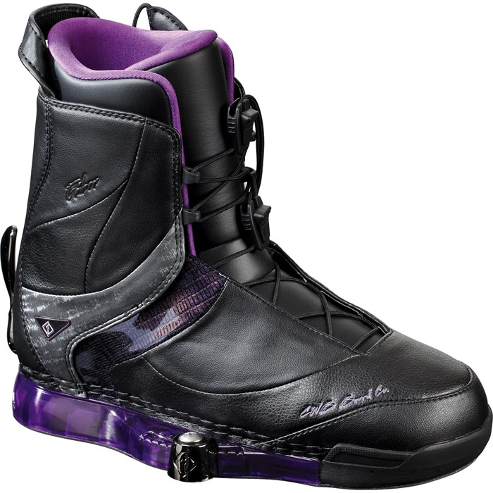 CWB - Ember Wakeboard Boots - Women's 2011