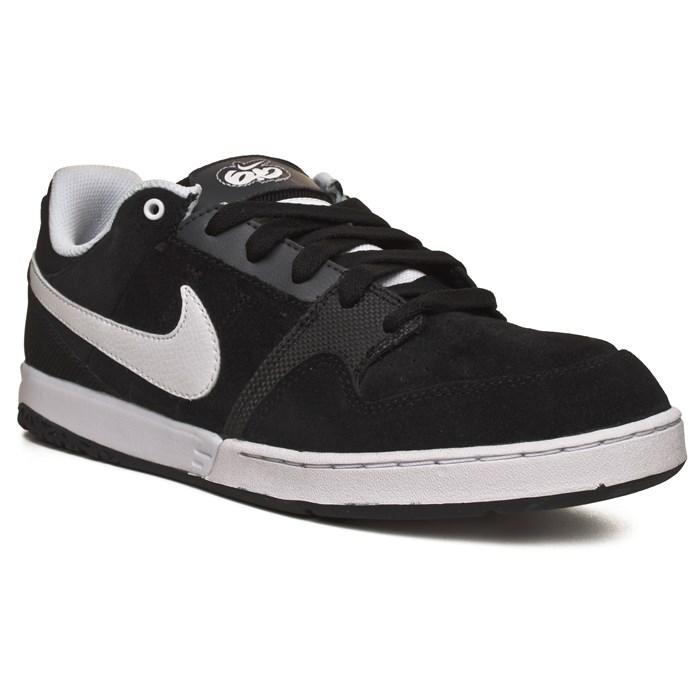 code promo 53eed 8c46a Nike 6.0 Zoom Mogan 2 Shoes   evo