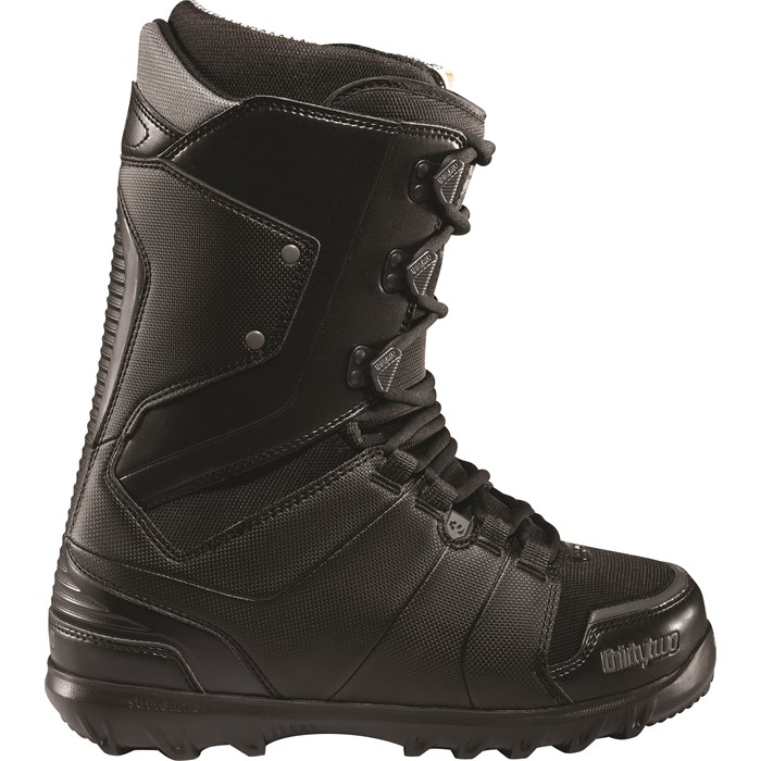 32 - Lashed Snowboard Boots 2012