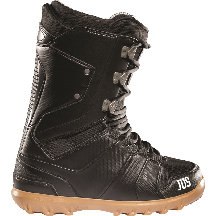 32 - Lashed Bradshaw Snowboard Boots 2012
