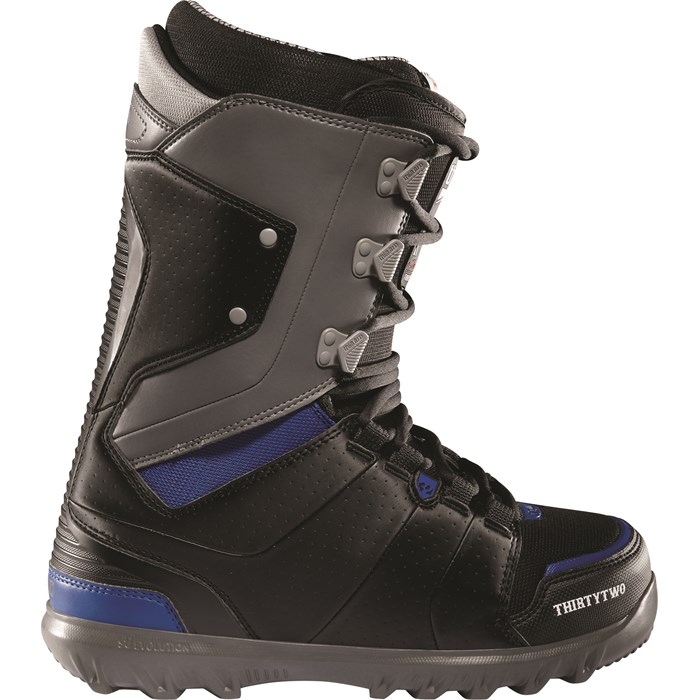 32 - Lashed Kooley Snowboard Boots 2012