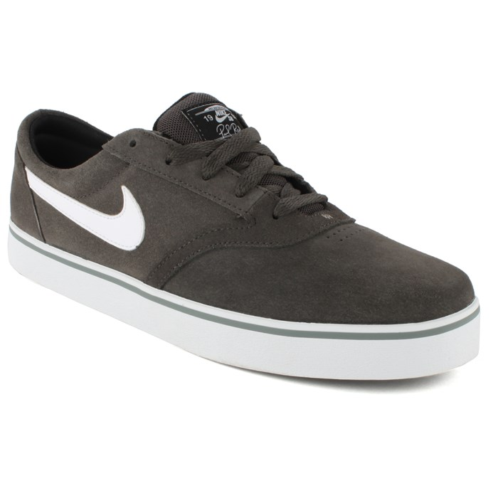 Nike - Vulc Rod Shoes