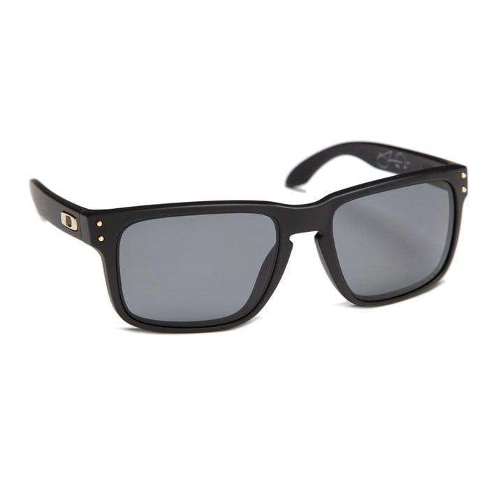 d7eda0f942 ... matte black frame grey polarized lens 6901e 71dff  sweden oakley shaun  white signature series holbrook polarized sunglasses evo 83514 db75c