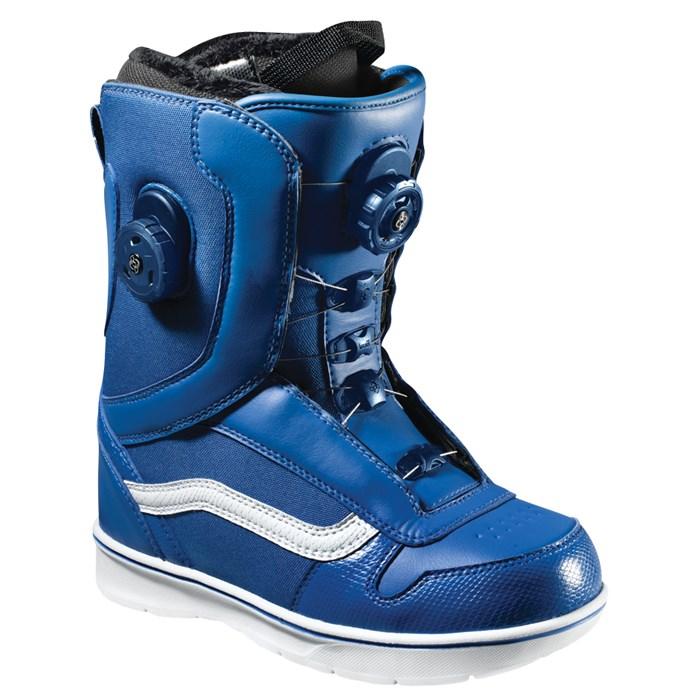 vans womens aura snowboard boots