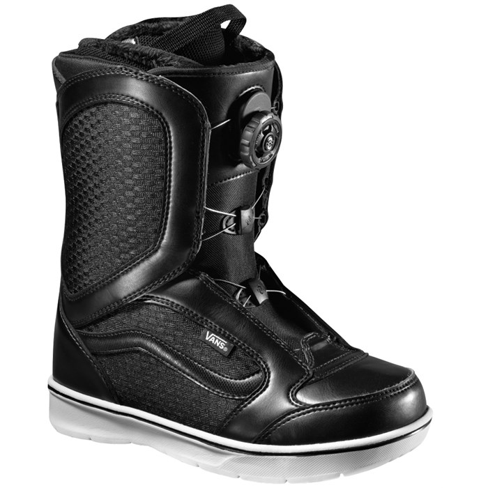 Vans - Encore Snowboard Boots - Women's 2013