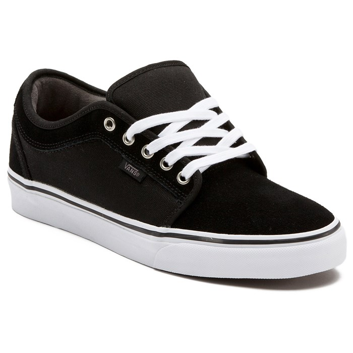 vans low chukka shoes
