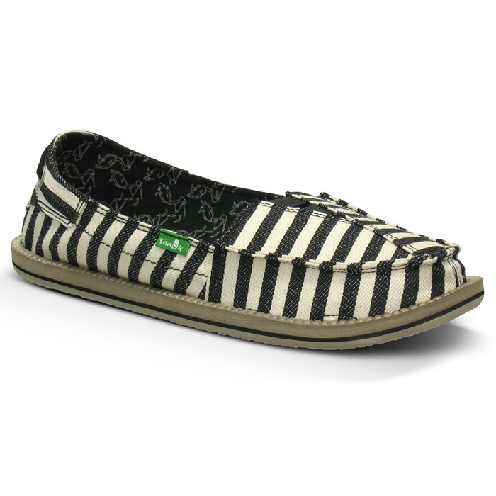 Sanuk - Castaway Slip-On Shoes - Women's