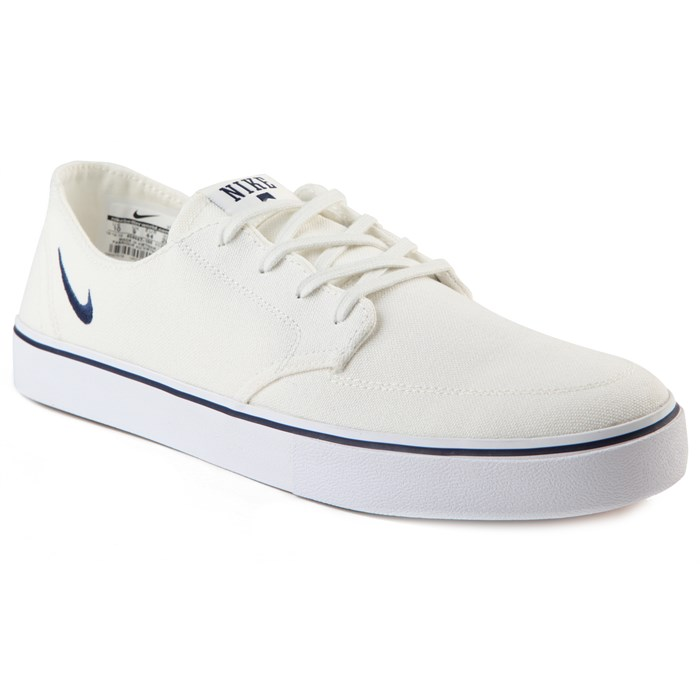 Nike - Braata Low Rise Canvas Shoes