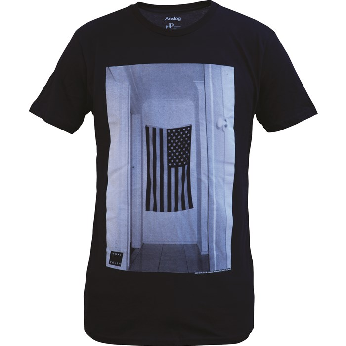 Analog - Wall Flag T-Shirt